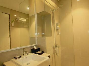 Clove Garden Hotel Bandung - Deluxe Twin With Breakfast Regular Plan