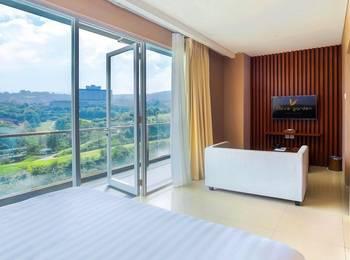 Clove Garden Hotel Bandung - Deluxe Suite With Breakfast Regular Plan