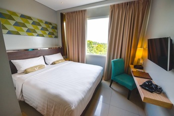 Clove Garden Hotel Bandung - Deluxe King Bed Room Only Regular Plan