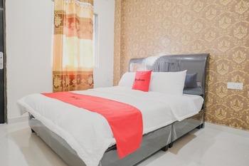 RedDoorz Apartment @ Batam Centre 3 Batam - RedDoorz Room Best Deal