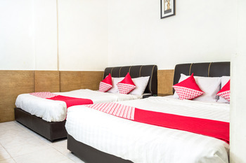 OYO 664 Romance Hotel Batam - Suite Family Regular Plan