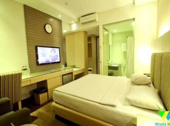 Hotel Wisata Niaga Purwokerto - Superior Room With Breakfast Regular Plan