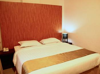 Saka Hotel Medan - Superior Room With Breakfast Regular Plan