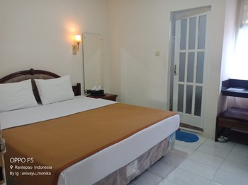 Hotel Monika Toraja Utara - Standard Room Min Stay 2N