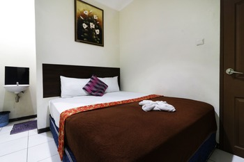Bantal Guling Pasar Baru Bandung - Superior Double Fan Private Bathroom Room Only NR Last Minute 41%