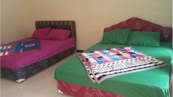 Rosi Homestay Malang - Family Room Room Only FC LM 0-3 Days 42%