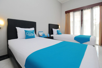 Airy Legian Poppies Satu 32 Kuta Bali Bali - Standard Twin Room with Breakfast Special Promo May 33