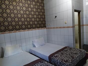OYO 3523 Gong Corner Homestay Bali - Standard Twin Room Last Minute Deal