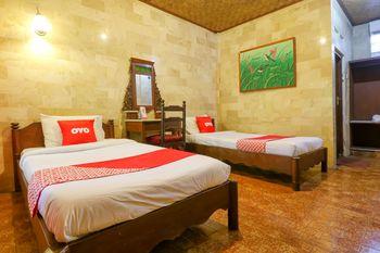 OYO 1930 Ananda Beach Hotel Bali - Standard Twin Room Regular Plan