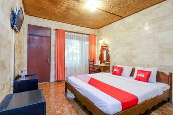 OYO 1930 Ananda Beach Hotel Bali - Standard Double Room Regular Plan