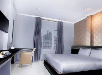 Violet Hotel Malioboro Yogyakarta - Deluxe Double Bed Room Regular Plan