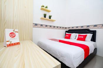 OYO 2782 Puspa Residence Semarang - Standard Double Room Regular Plan