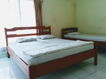 Hotel Gunung Slamet Banyumas - Economy AC Triple  SAFECATION