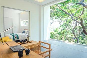 K Gallery Hotel Pasuruan - Executive Suite Balcony View Regular Plan