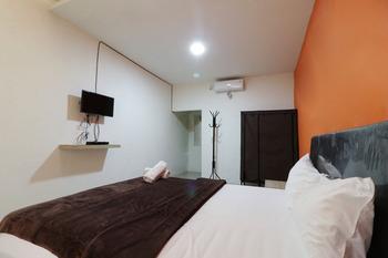 El Dhiya Syariah Tangerang - Double Room Basic Deal