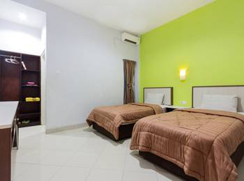 Zaen Hotel Syariah Solo - Deluxe - Room Only Long Stay Discount