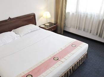 New Metro Hotel Semarang - Junior Suite Room Only For 2 Person Regular Plan