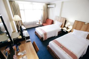 New Metro Hotel Semarang - Executive Triple Room Only For 3 Person Regular Plan