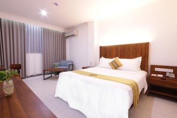 Metro Park View Hotel Kota Lama Semarang (FKA Metro Hotel) Semarang - Deluxe Executive Basic Deals