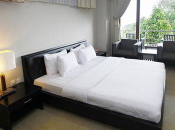 Ayola Hoci Cipanas Cianjur - Superior Double Room Only Regular Plan