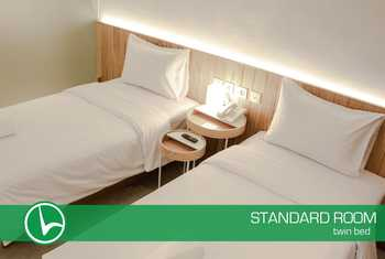 Lenora Hotel Bandung - Standard Twin With Breakfast Regular Plan