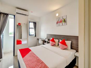 Collection O 28 Urban Town Apartment Karawang Karawang - Standard Double Room Regular Plan