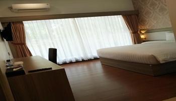 Arilla Eclat Hotel Yogyakarta - Deluxe Double Room Regular Plan