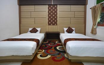 Hotel Bhinneka Malioboro Yogyakarta - Deluxe Twin Room Only Regular Plan