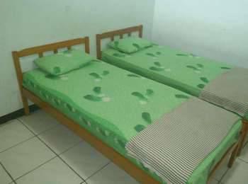 Riyadi Guest House Surabaya - Cempaka Room Regular Plan