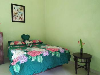 Memes House Backpacker Bali - Single Room with Fan Regular Plan