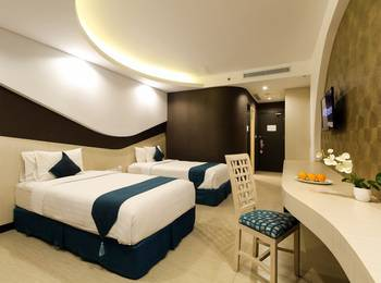 Aston Cirebon - Superior Room Regular Plan