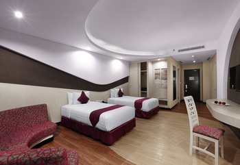 Aston Cirebon - Junior Executive Twin Room RAMADHAN PROMOTION
