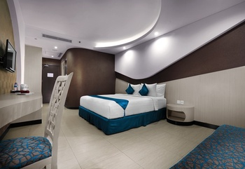Aston Cirebon - Superior Double Room Regular Plan