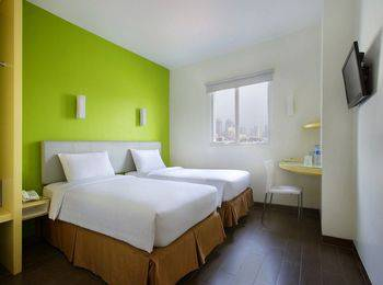 Amaris Hotel La Codefin Kemang - Smart Room Twin Offer  Regular Plan