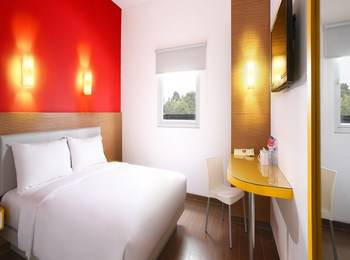 Amaris Hotel La Codefin Kemang - Smart Room Hollywood Promotion  Regular Plan