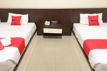 RedDoorz near Pantai Pede Manggarai Barat - RedDoorz Twin Room Regular Plan