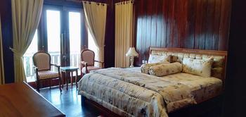 Asoka Resort Banten Pandeglang - 5 Bedrooms Executive Wooden Villa Regular Plan