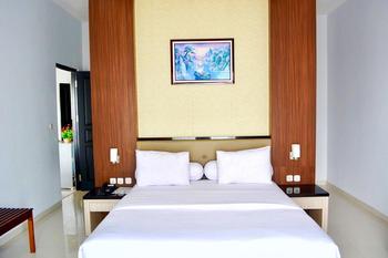 Kaimana Beach Hotel 2 Kaimana - Superior Double Bedroom Regular Plan