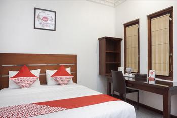OYO 514 Omah Pari Boutique Hotel Yogyakarta - Deluxe Double Room Regular Plan
