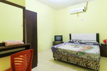 Wisma Akbar Syariah Makassar - Standard Room  Minimum Stay