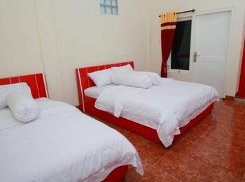 Syariah Guest House Malang - Muzdhalifah Room (Superior Twin) Regular Plan