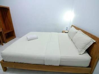 Pendowo Huis Guesthouse Yogyakarta - Standard Room Menginap sekarang