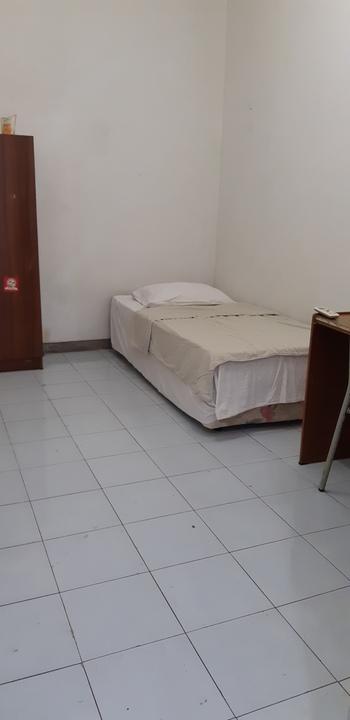 Budget Room 68 Pecinan Semarang Semarang - Single Bed AC - Room Only (Max Check-in 22.00) Regular Plan