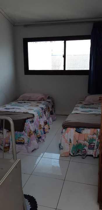 Budget Room 68 Pecinan Semarang Semarang - Twin Bed AC - Room Only (Max Check-in 22.00) Regular Plan