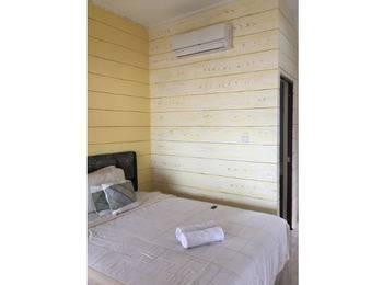 Wisma Pantai Citepus (Tepi Pantai) Sukabumi - Superior Room Basic Deal