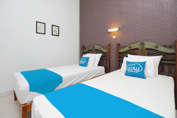 Airy Mantrijeron Panjaitan 51 Yogyakarta - Deluxe Twin Room with Breakfast Special Promo 33