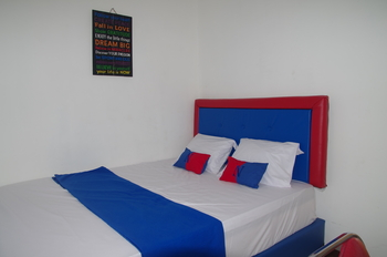 Red n Blue Hotel Jakarta - Double Spesial Regular Plan
