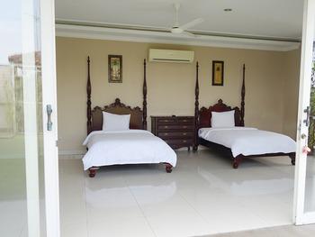 Saffron Suites Syariah Jakarta - Suite Twin Room Regular Plan