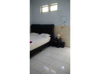 Hotel Arowana  Jember - Standard Room Regular Plan