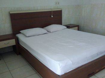 Hotel Arowana  Jember - VIP Room [GR] Regular Plan